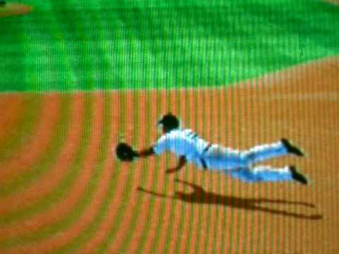 MLB 09 The Show Pedro Feliz diving catch. Video