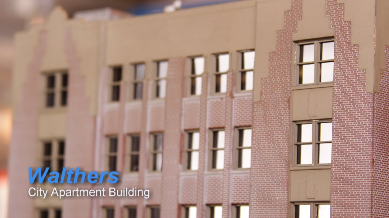 Model railroad ho scale build walthers city apartment for The model apartment review