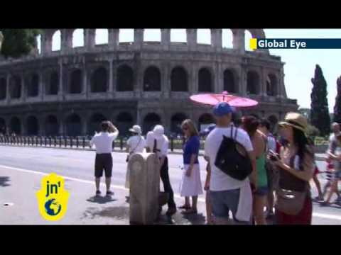 Global Eye: Tourists flock to Rome's famed fountains as Italy is gripped by intense heat wave