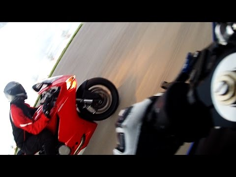 Ducati 899 Panigale VS Yamaha R6S + Pissed off Semi
