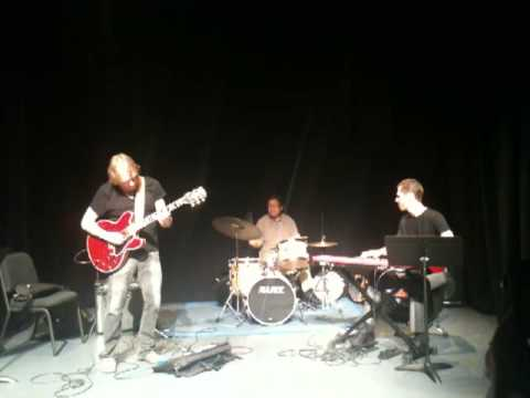 Randy Johnston Trio: Beautiful Love