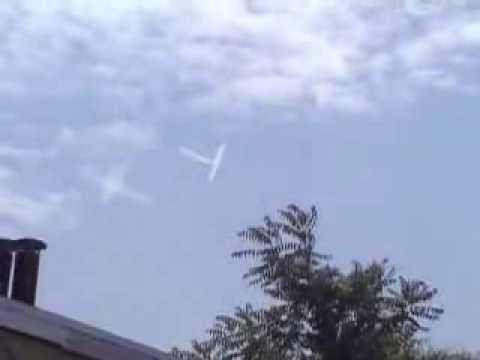 CRAZIEST CHEMTRAIL PILOT EVER! SICK VIDEO!!!