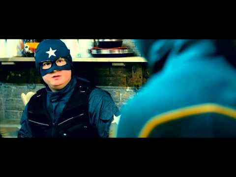 Kick-Ass 2 Extrait 3 VOST «Kick Ass reconnait Battle Guy au meeting de Justice Forever»