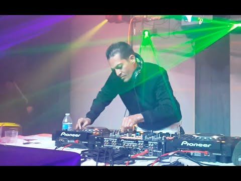 DJ POOGIE EN VIVO  - MARCH WITH STYLE- 2015