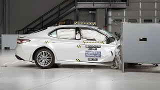 2018 Toyota Camry passenger-side small overlap IIHS crash test