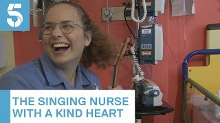 Singing Great Ormond Street nurse becomes internet sensation | 5 News