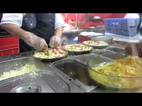 The Persian Pizza | Fast Food in Iran | Shiraz | Go Backpacking | Trip to Persia 2012