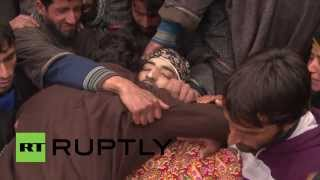 Kashmiri militant funeral brings thousands to the streets