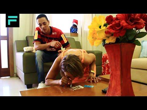 MC Bigô - Tentando Enganar o Amor (CLIPE OFICIAL) TOM PRODUÇÕES 2013 Music Videos