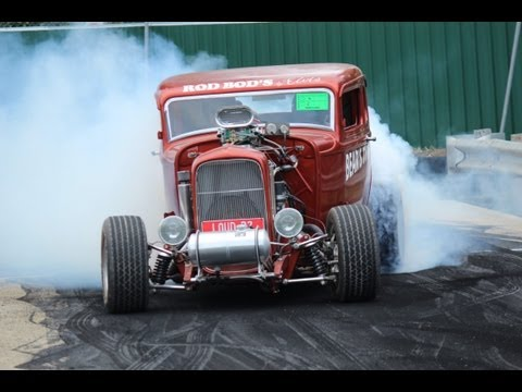 Blown 32 Coupe Epic Burnout