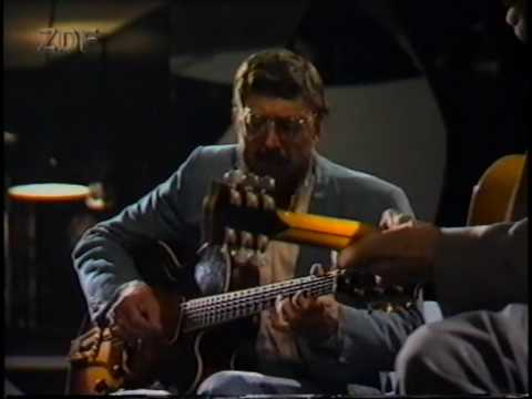Barney Kessel&Tal Farlow - Strike up the band