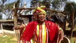 Adja Ndeye Ndoumbane Mbaye - CHEIKH DETHIALAU