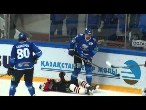 Жуткая травма Сергея Калинина / Omsk's captain Sergei Kalinin suffers scary head injury