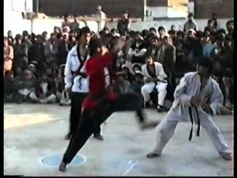 وفاة شخص بالكونفو - The death of a player koung Fu