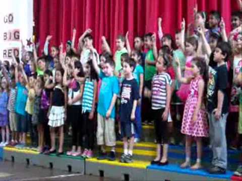 """Fifty Nifty"" Hampton Street School 2nd Grade Spring Concert 2013"