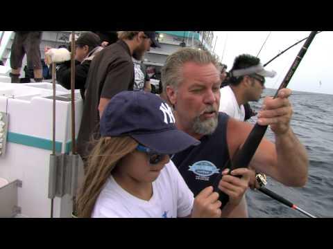 525 Chief Offshore Tuna Fishing!   SPORT FISHING
