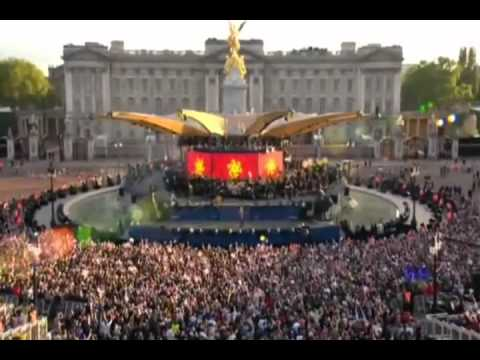 Jessie J Domino Live At ( Diamond Jubilee Concert) 2012