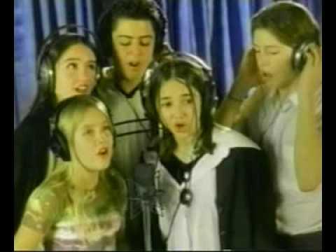 VARIOS ARTISTAS CANTAN AL PAPA JUAN PABLO II (1998)