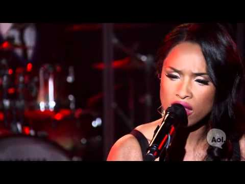 Jennifer Hudson - I Remember Me LIVE @ AOL Sessions