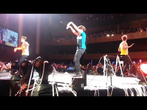 [FANCAM] 20130421 - 