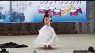 10 years old  Opera Child Star Vika Ogannesyan sings from Phantom of the Opera