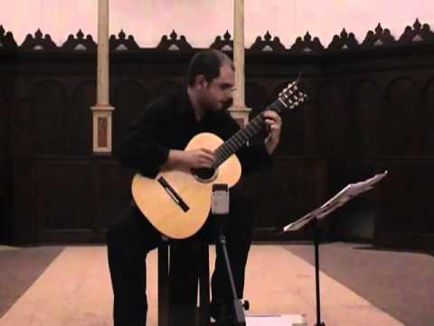 Sergio Sorrentino, chitarra: Consonancias y Redobles di Azio Corghi
