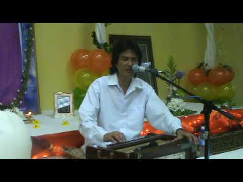 Sri Ajnish sings Humko Tumse Pyar Kitna at Port of Spain Sai Center