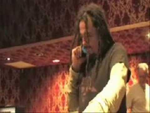 KoRn recruit Slipknot's Joey Jordison