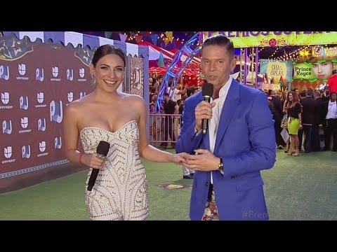 Ana Brenda sacó a pasear sus encantos en Premios Juventud