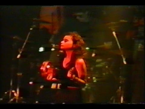 Opal (i.e. Mazzy Star) VIDEO 1988,full show,Italy,w. Hope Sandoval,17 songs,94 mins.