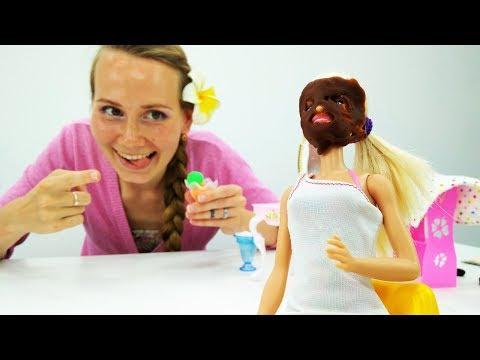 Видео для девочек. Массаж, маска и прическа для Барби!