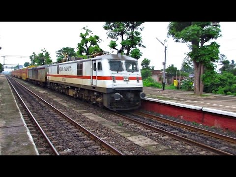 Latest Hwh Wap-7 12385 Howrah Dhanbad Ac Double Decker Express Displays Some Speed video