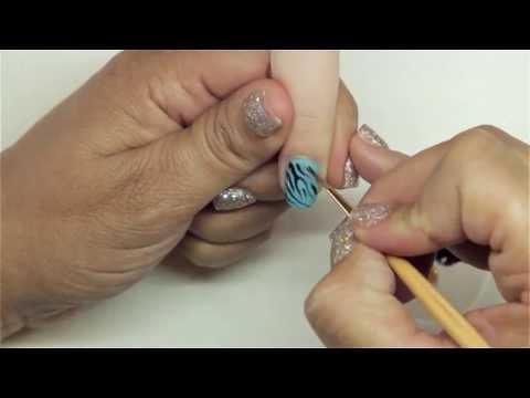 Zebra Nail Art with Gel-Polish