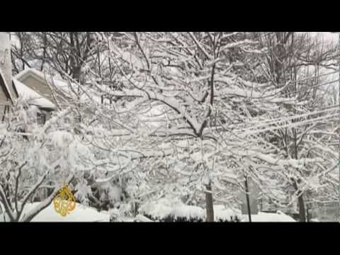 Snowstorm paralyses US northeast