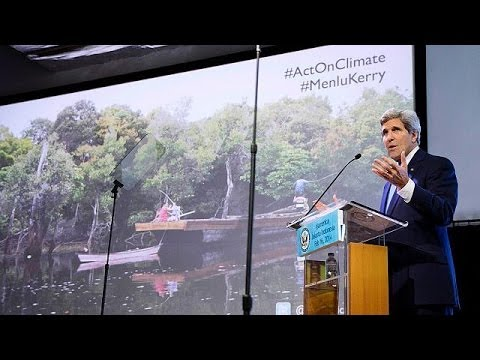 John Kerry urges action on climate change