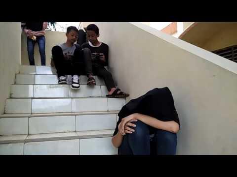 Mannequin challenge anak SMP N 1 Salaman :v