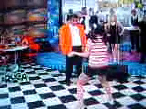 Marukaa! bailando el ooohh ooohh(8)