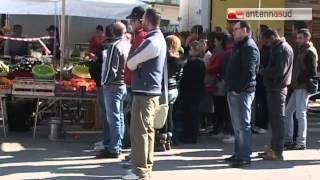TG 13.03.14 Molfetta, fruttivendolo ucciso in agguato fra la gente al mercato