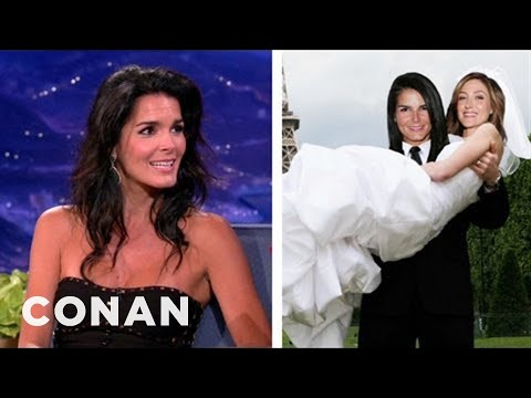 Angie Harmon Is Always The Man In Lesbian Fan-fic video