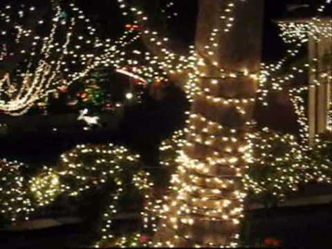 Christmas Lights in Torrance, CA- Calle Mayor area