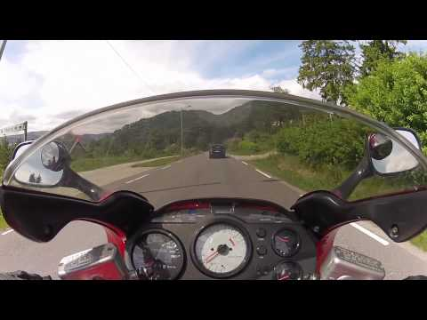 Honda VFR750F RC36 1996 Cruising winding road in Norway (HD)
