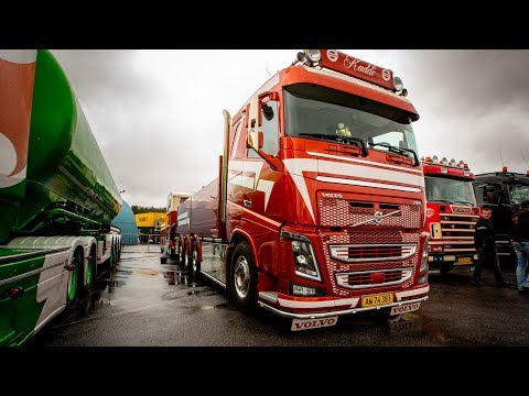 "Volvo Trucks - A fiery beauty to tame the toughest heart - ""Welcome to my cab - light"""