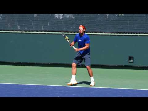 Rafael ナダル Serve and Reverse Forehand in Slow Motion HD