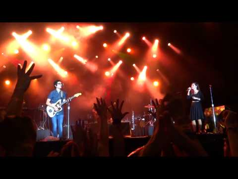 Jesus Culture - Set a Fire (Rock the Universe 2013)