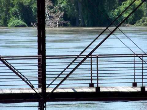 Missouri river flood 2011 river footage July 20th, 2011