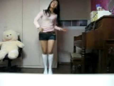 Pretty Korean High School Girl Dancing To Tell Me video