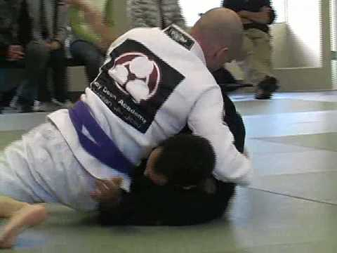 Roy Dean Academy BJJ: Flow Roll Image 1