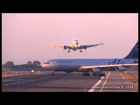 two airplanes almost near crash at a Barcelona airport