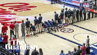 Mississippi college basketball players kneel in protest against Confederacy rally