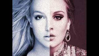 Adele Video - Adele vs Britney - Toxic in the Deep (Bumper's Mashup) [HQ]